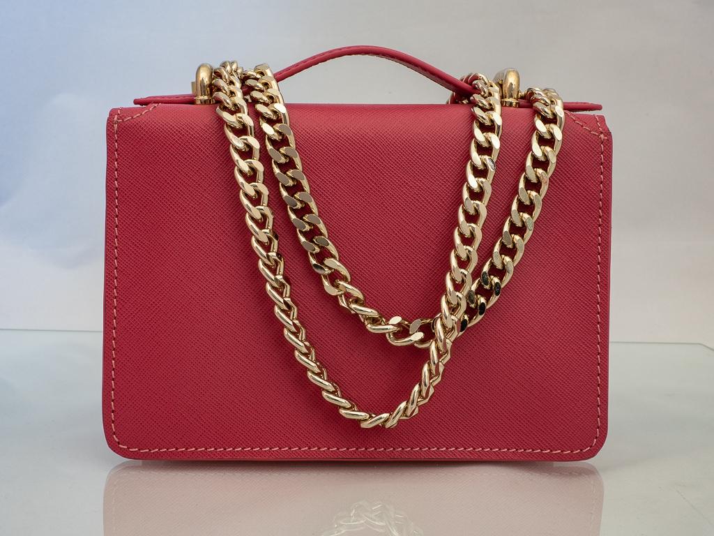 Bolso Messenger Pocket piel saffiano rosa trasera
