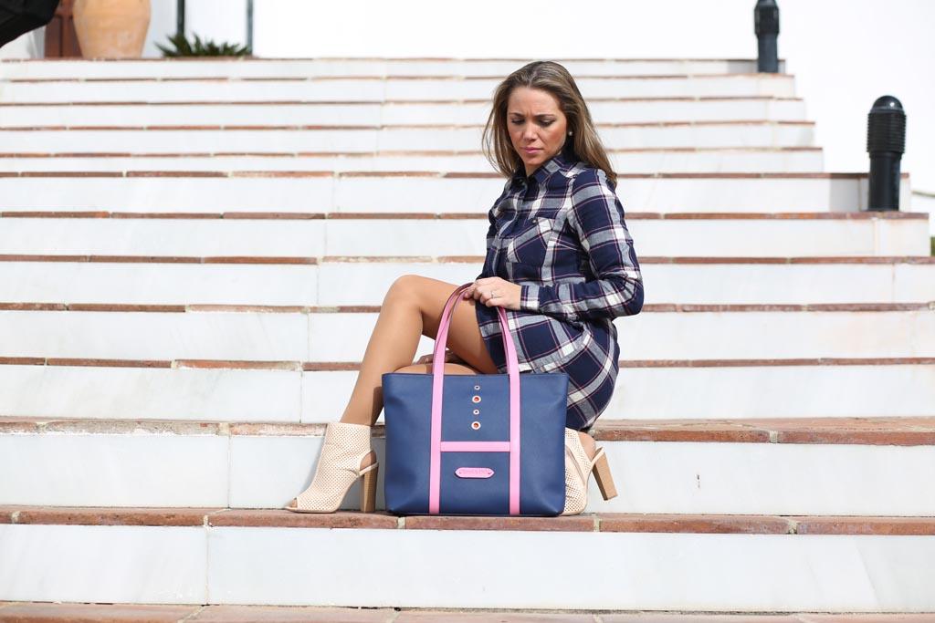 """Bolso """"Shopping"""" lona y piel rosa con modelo"""